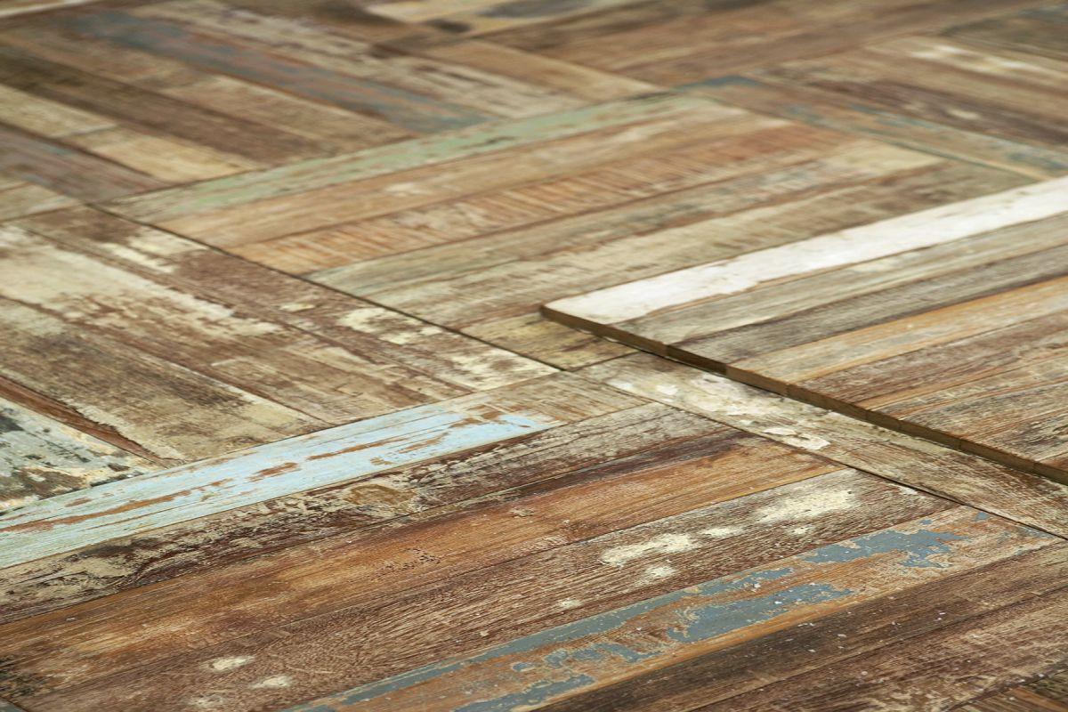 Teak bloc en scrapwood houten vloeren